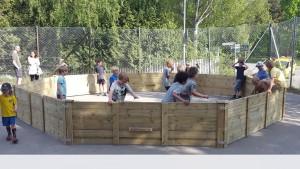 Viggbyskolan fick sin rink fr Gagaball installerad lagom till sinhellip