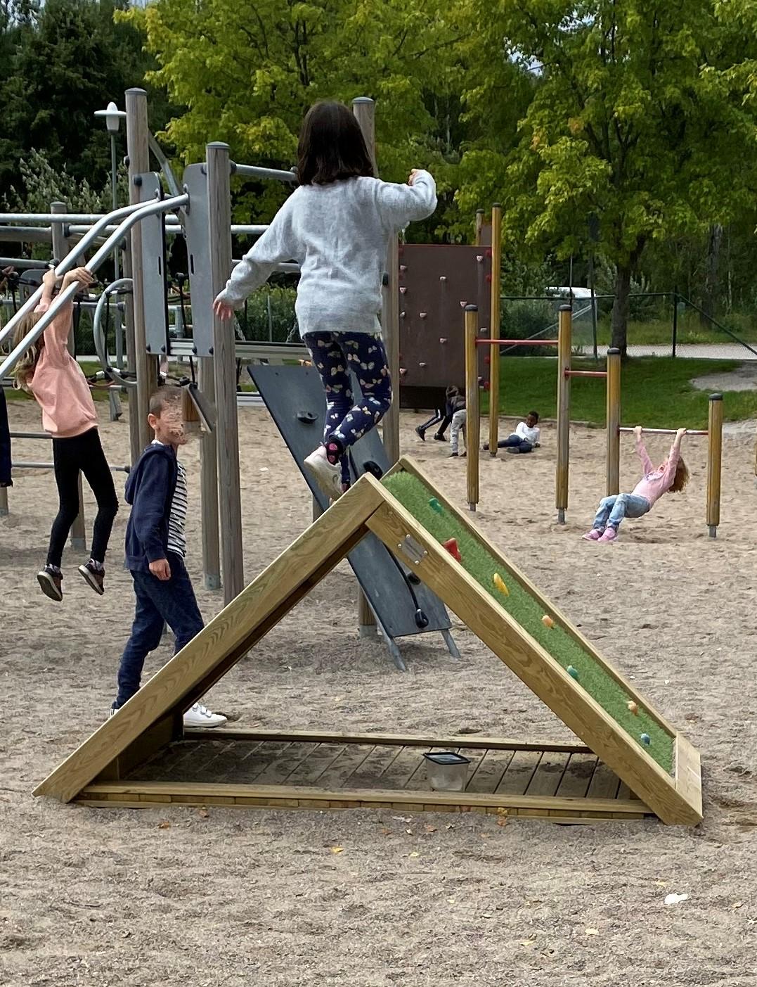 klatterhus-barn2